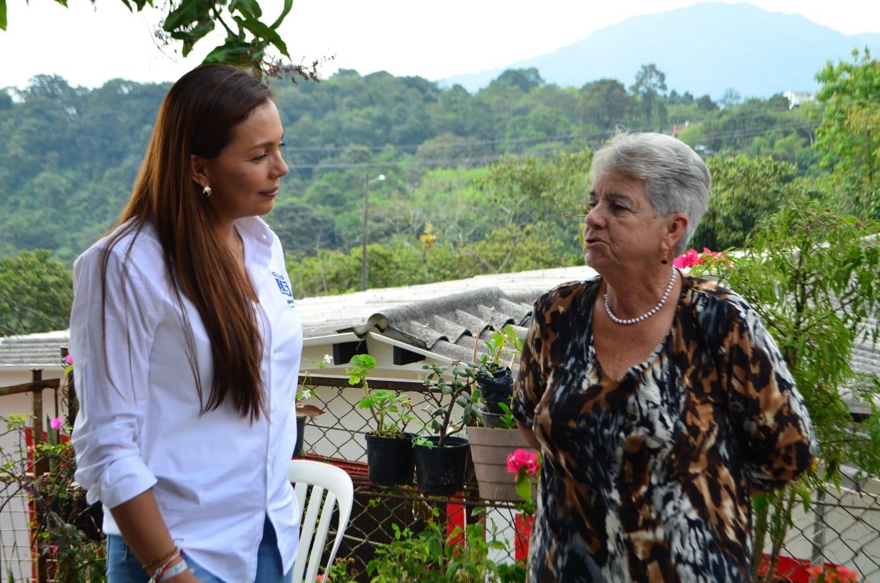 Resultado de imagen para Juliana Enciso Montes, Candidata a la Asamblea de Risaralda por el partido conservador