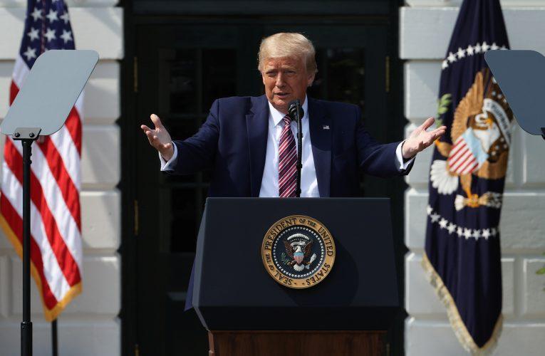 En Estados Unidos Trump promete que brote de COVID va camino a ser controlado