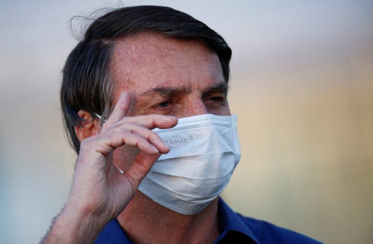 Aprobación de Presidente de Brasil vuelve a subir, pese a aumento de casos y muertes de coronavirus