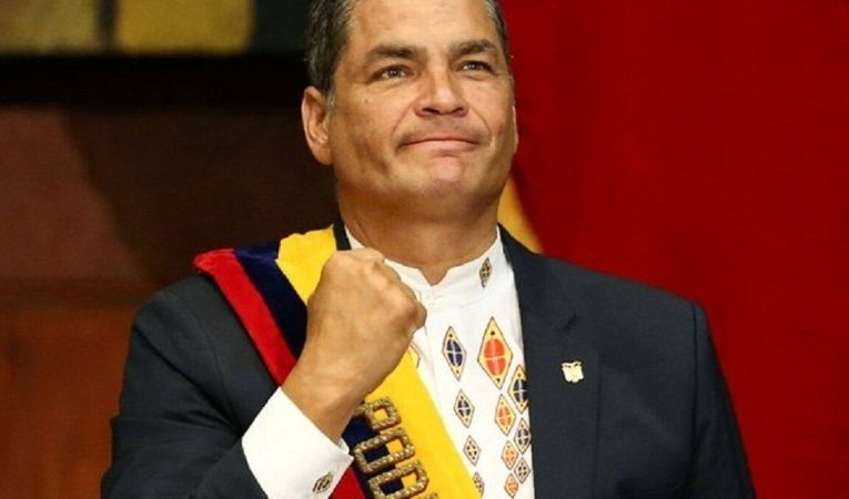 Tribunal de Ecuador ratifica sentencia de ocho años de prisión para expresidente Correa