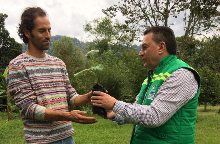 El mejor tenista en la historia de Colombia se une a la Cárder para sembrar 2,5 millones de árboles